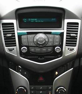 Chevrolet Cruze_magnitola
